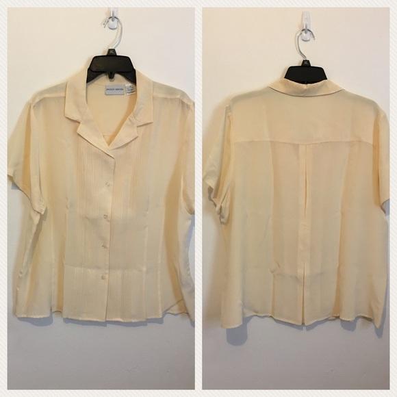 a12f1d4b961 Jaclyn Smith Tops - JACLYN SMITH 100% Silk Blouse